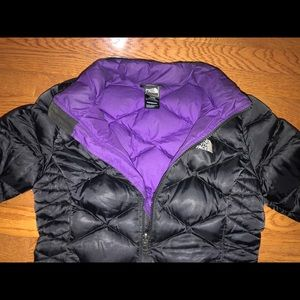 The North Face 550 Puffer Jacket (kids).